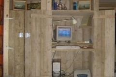 Computerkast Van Steigerhout.Foto S Bouwbedrijf Dirk Van Diepen
